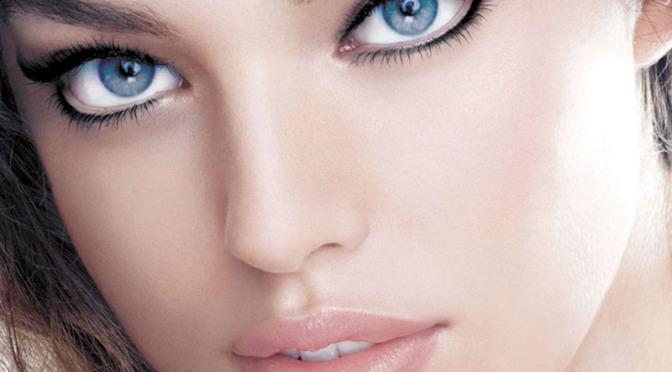 Модные «стрелки» - графичный макияж